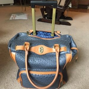 Adrienne Vittadini Rolling Weekender Luggage Tote